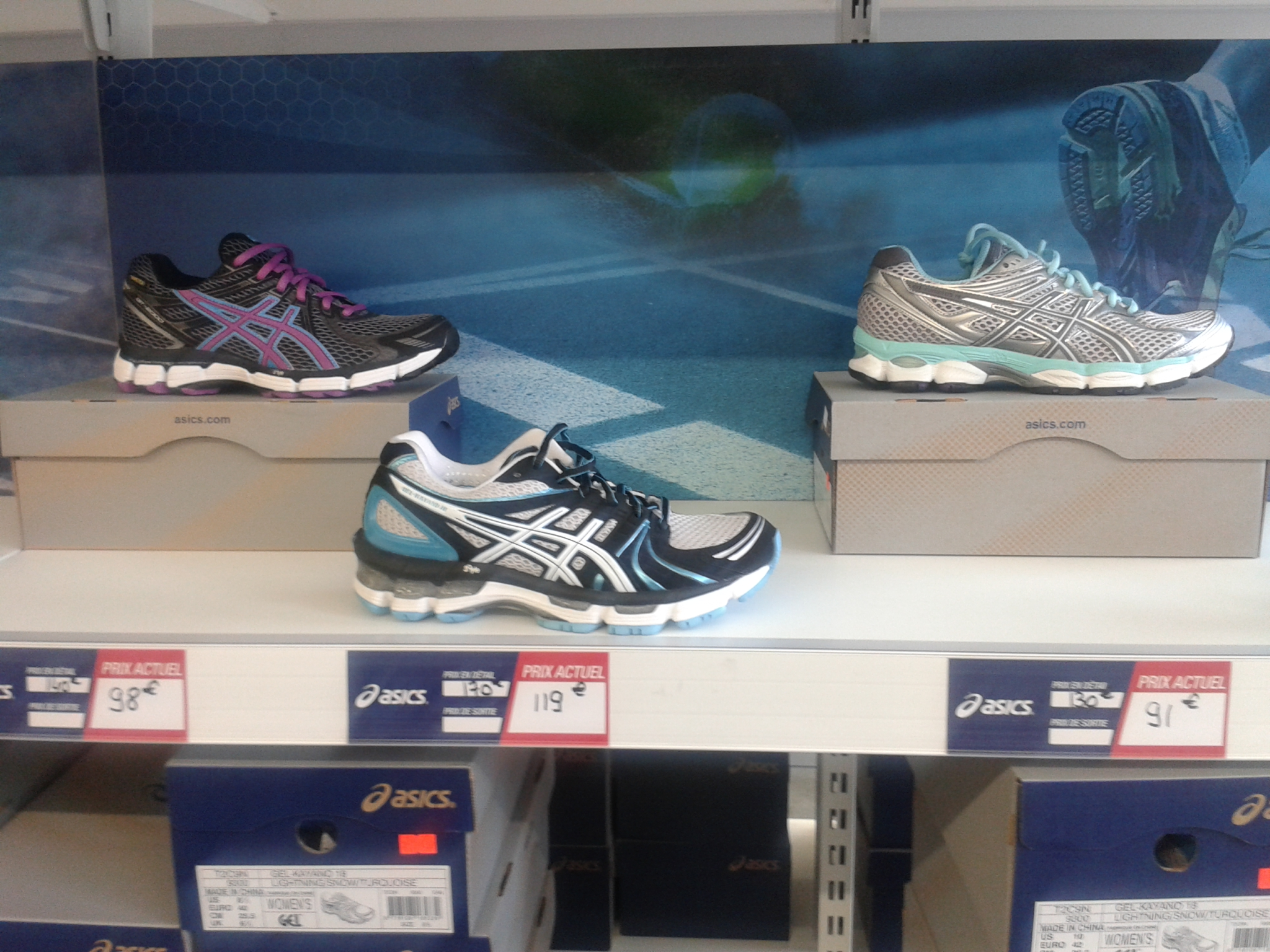 adresse magasin asics paris