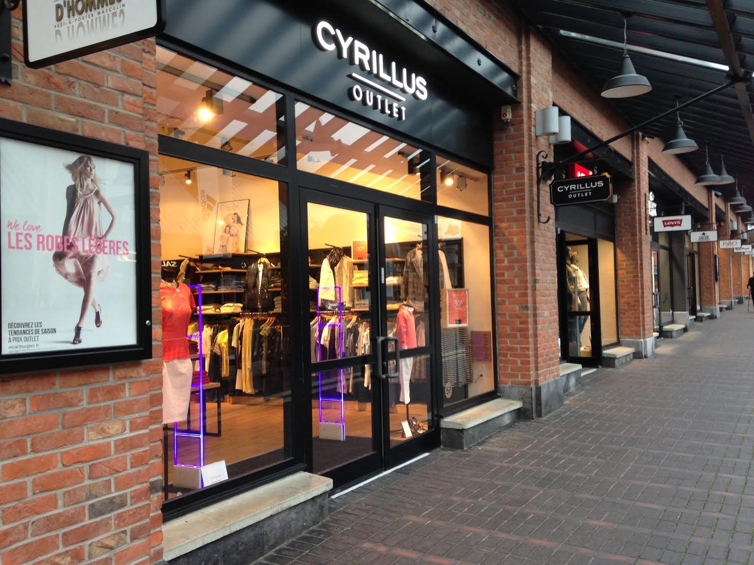 cyrillus outlet mc arthur glen magasin d 39 usine. Black Bedroom Furniture Sets. Home Design Ideas