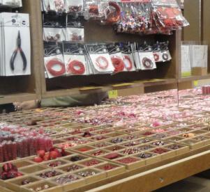 folle de perles magasin d 39 usine. Black Bedroom Furniture Sets. Home Design Ideas