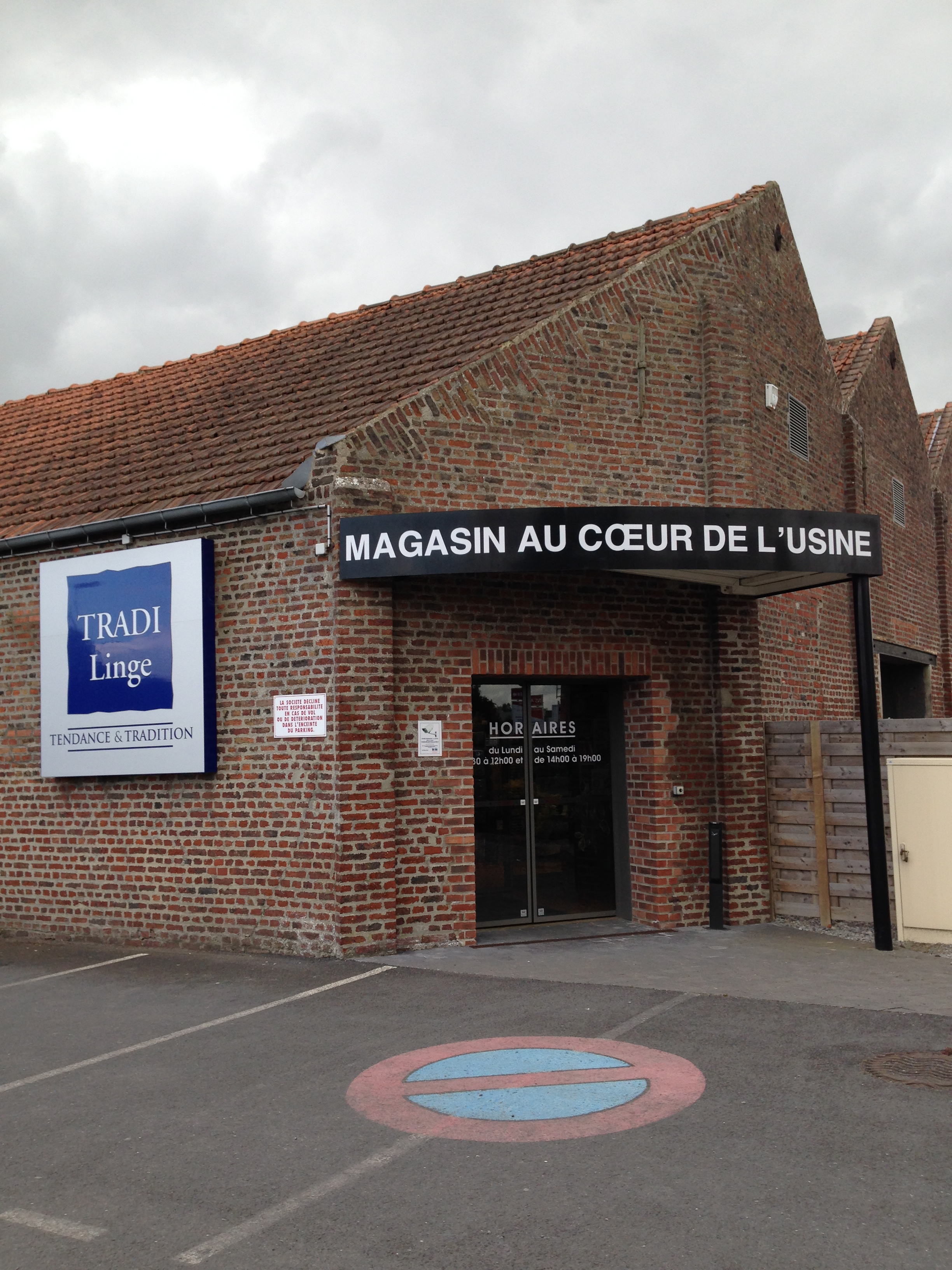 Tradilinge magasin d 39 usine for Magasin d artisanat cambrai